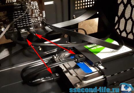 Подключение кабелей SATA