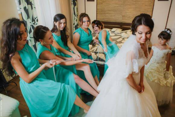 Свадьба - невеста и подруги