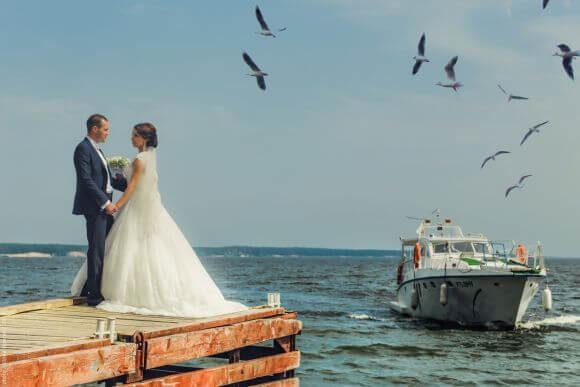 Свадьба на пристани